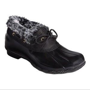Sperry saltwater 1 eye cozy duck boot Size 7.5